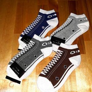🧦4 Pairs Youth Sneaker Socks